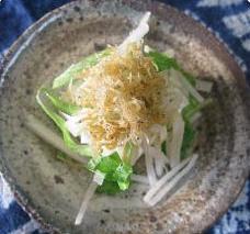 セロリと大根とじゃこの豆腐サラダ